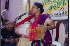 Guru Jna Rajkumari performing Jonojatiyo Geet, 2013